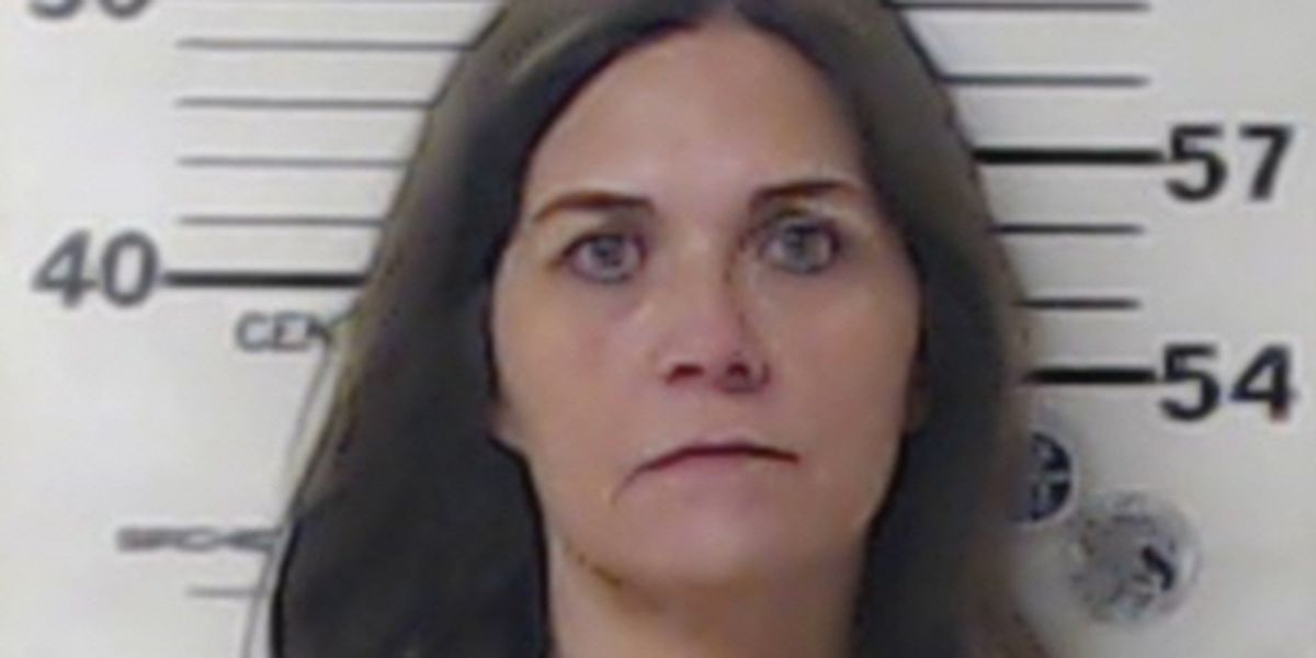 Clerk at Henderson County justice of peace office arrested during theft investigation