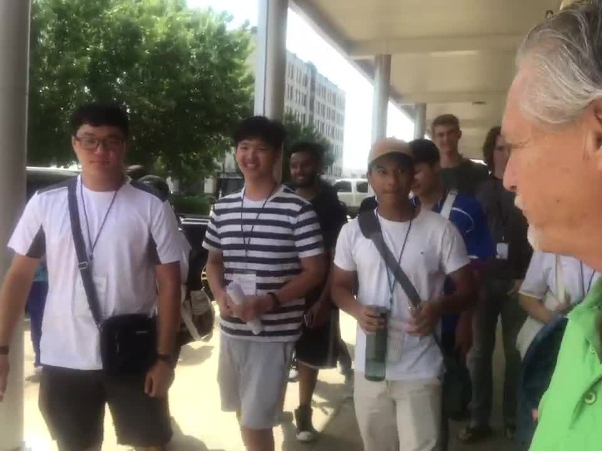 WEBXTRA: LeTourneau international students take tour of downtown Longview