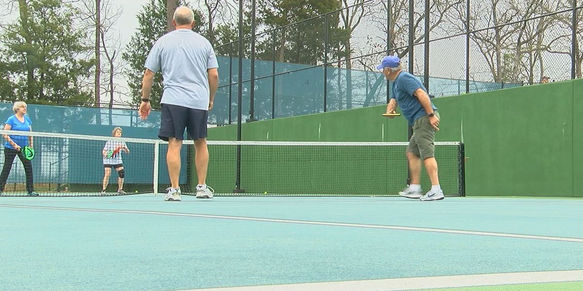 New paddle sport gaining popularity in East Texas