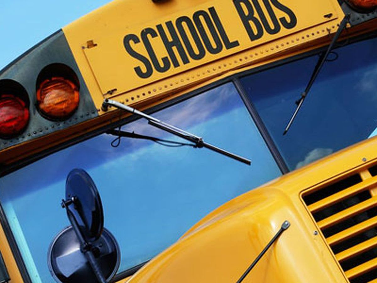 3 students, driver injured in Palestine ISD bus wreck