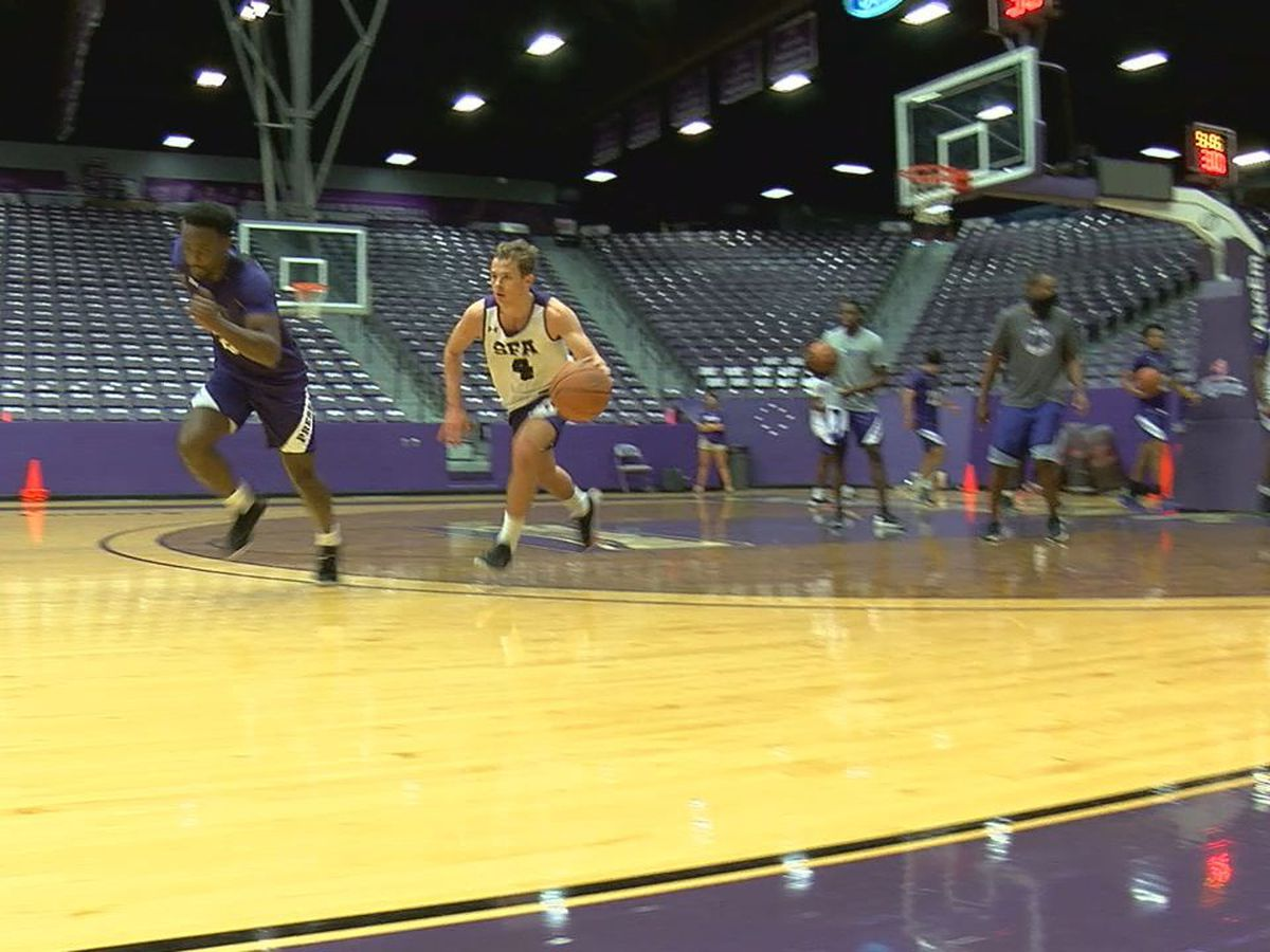 SFA basketball out of quarantine and back on the court for fall practice