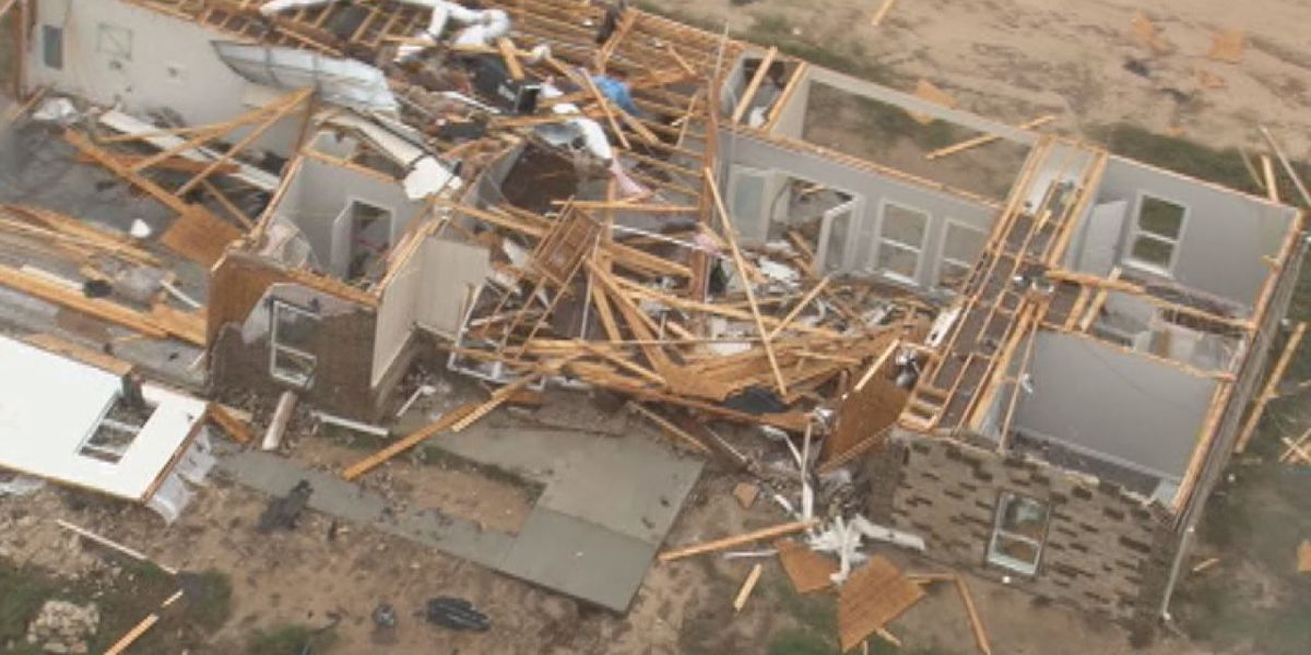 Copy-Chopper 7 flies over 'hardest hit' areas of Lindale