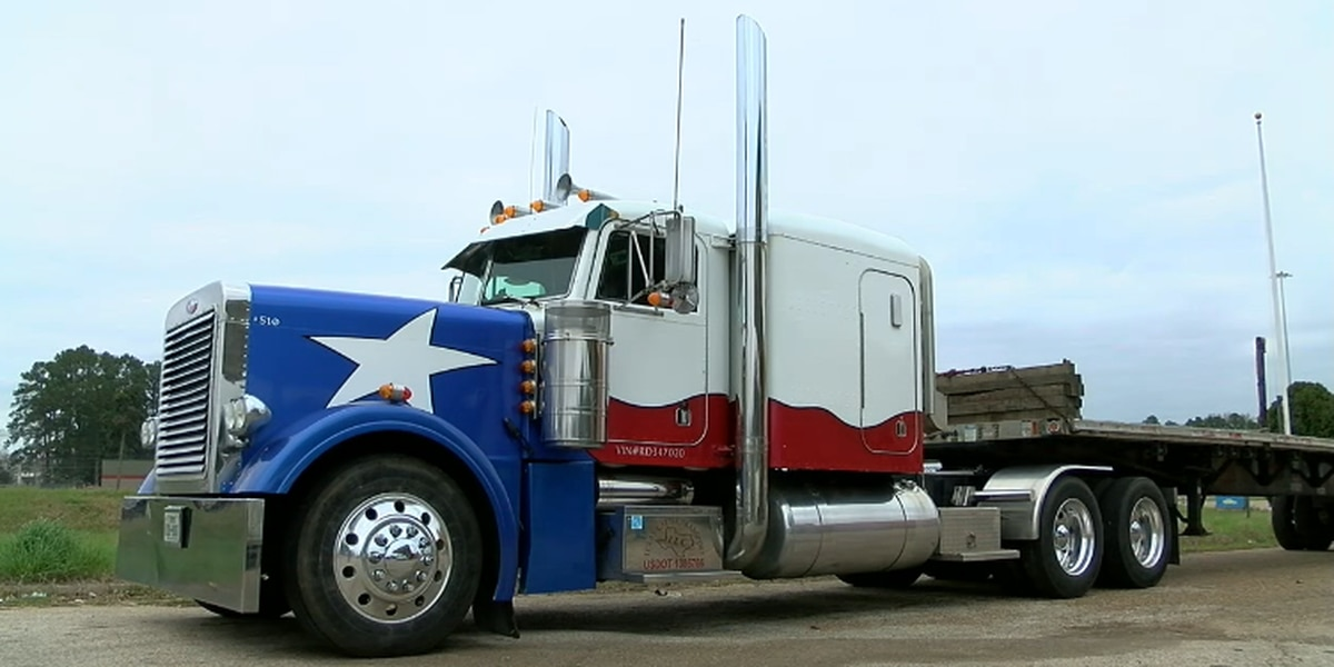 18-wheeler that screams 'I love Texas' for sale in East Texas