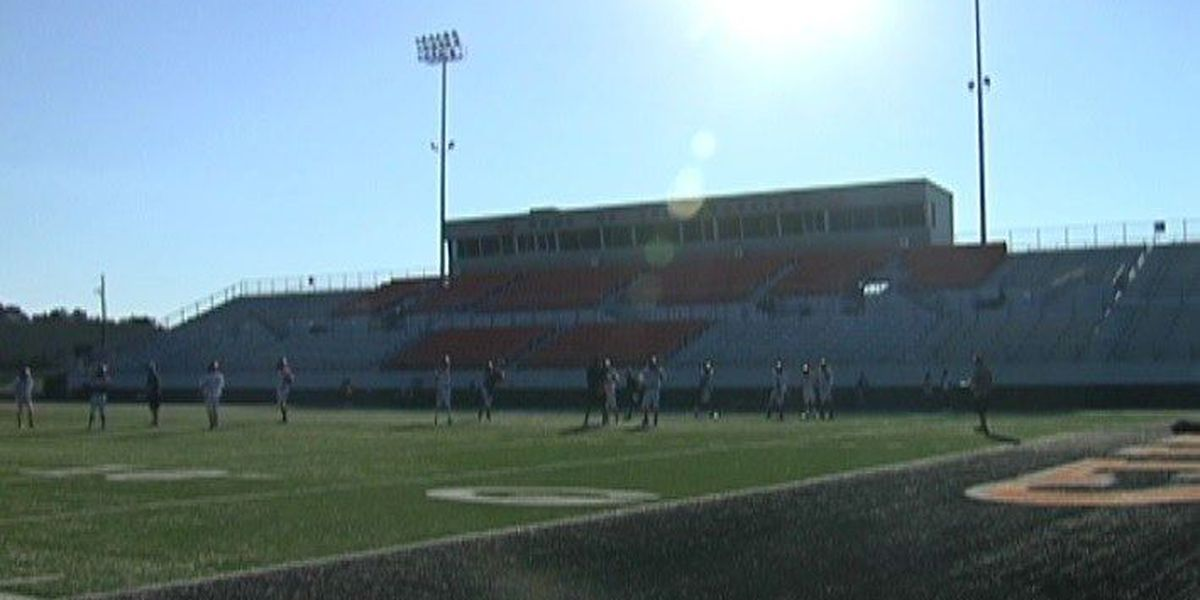 Gilmer rolls on without home field advantage