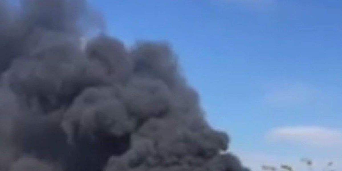 Smoke from business fire draws attention during Canton First Monday