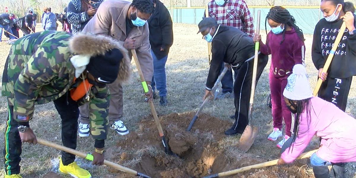 Arbor Day 2021: Trees memorialized in honor of former Tyler leaders