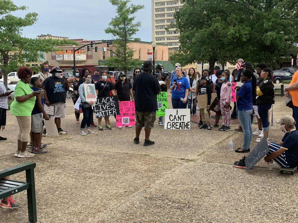 Group marches on downtown Tyler square for second night