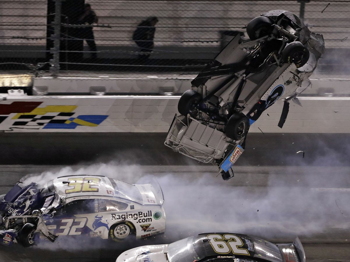 Racing community weighs in on Ryan Newman's Daytona 500 crash, condition