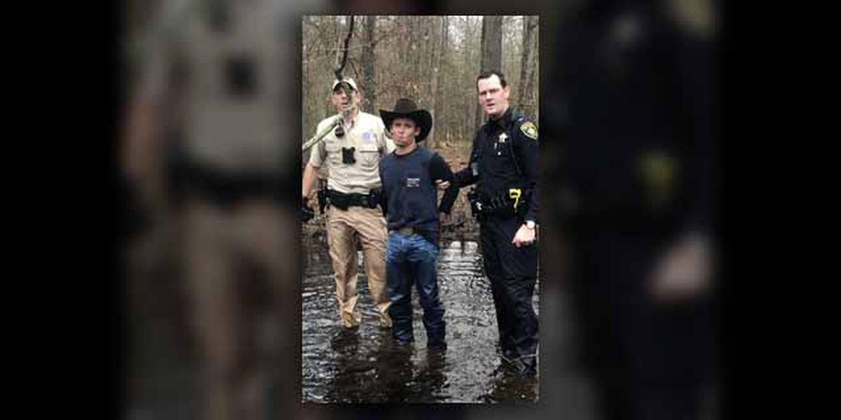 Deputies, game warden capture suspect after manhunt in Smith County