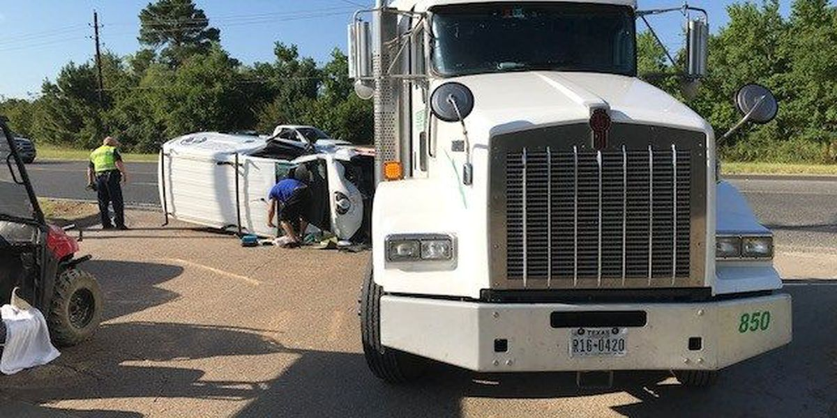 1 person injured in 2-vehicle wreck involving 18-wheeler on Longview loop
