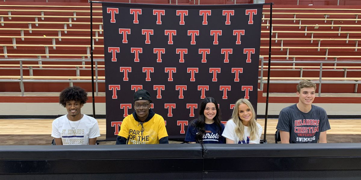 Five Tyler Legacy student-athletes sign with college programs