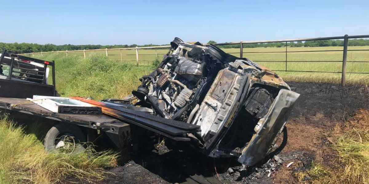 Civilians help pull man from burning car in Payne Springs wreck