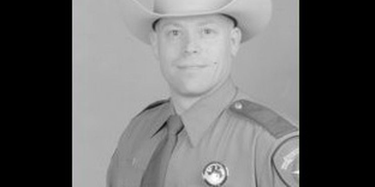 Texas DPS honors fallen trooper with highway dedication