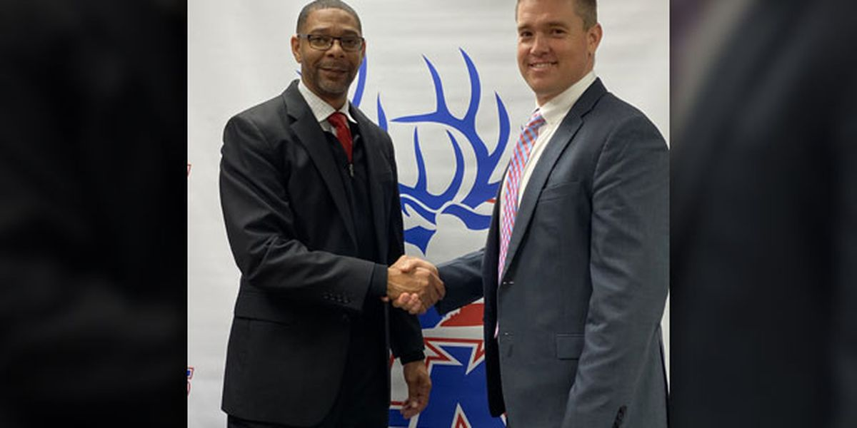 Elkhart ISD welcomes new head football coach