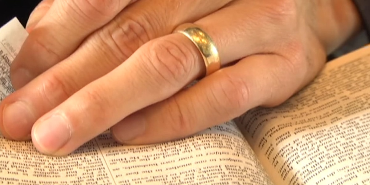More couples signing prenups before marriage