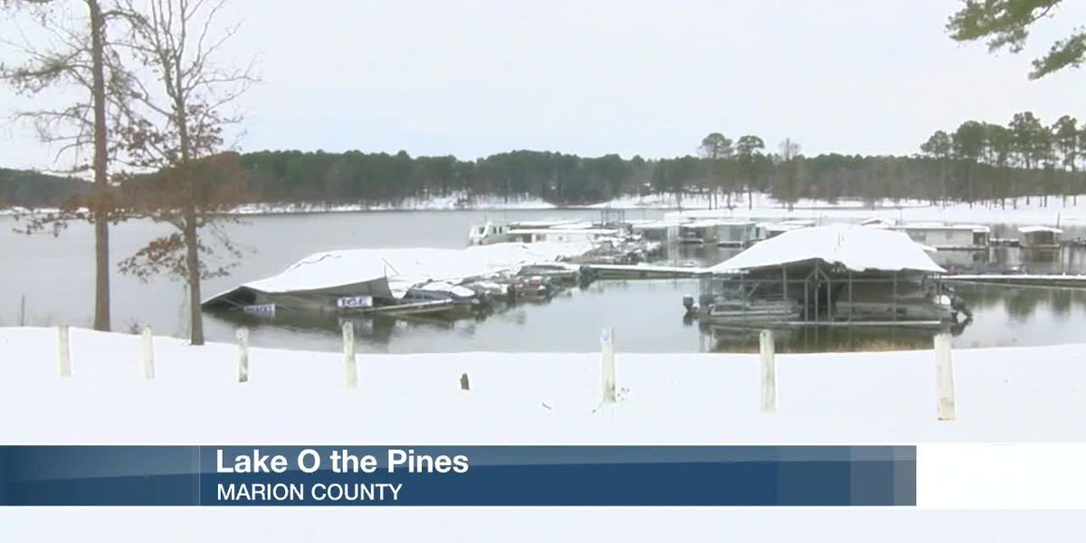 Boats damaged after Lake O' the Pines marina collapses under weight of snow