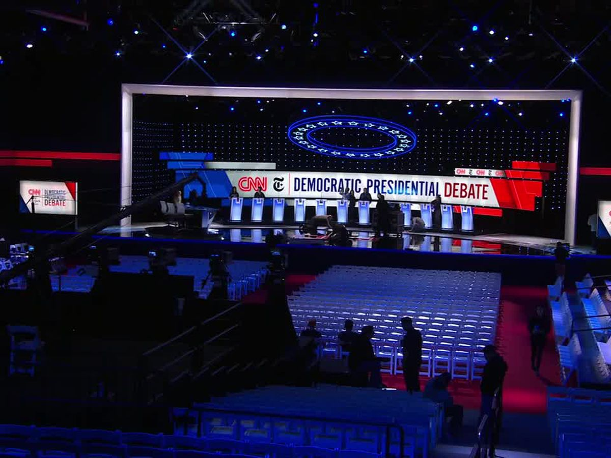 Warren again dodges on health care, rivals jump to criticize